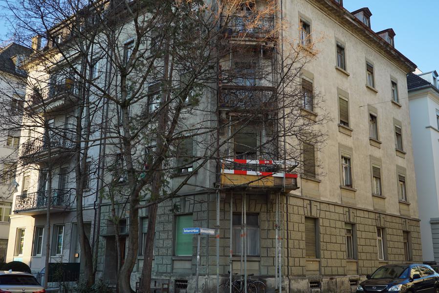 So wie dieses Haus hier an der Dufourstrasse.
