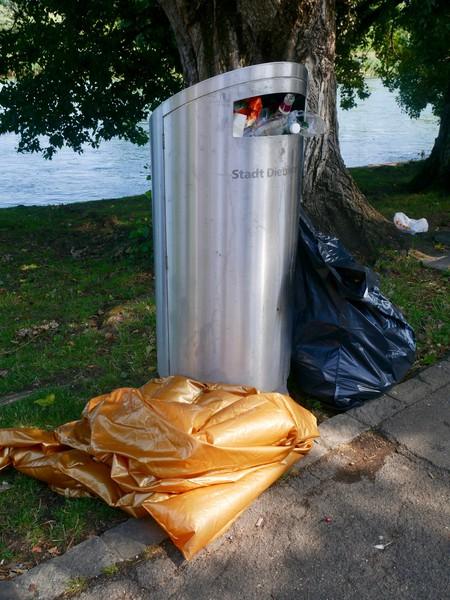 Mehr Böötler*innen bedeutet auch mehr Müll.