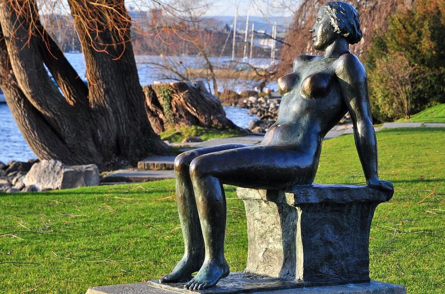 Wieder nackt: Die «Sitzende»von Hermann Hubacher bei der Chinawiese
