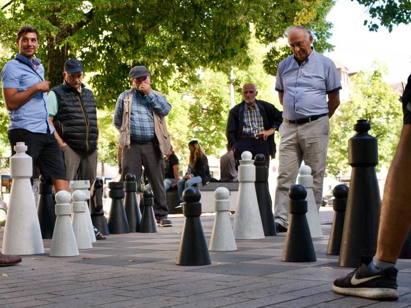 Die Schachplätze sind immer alle belegt.