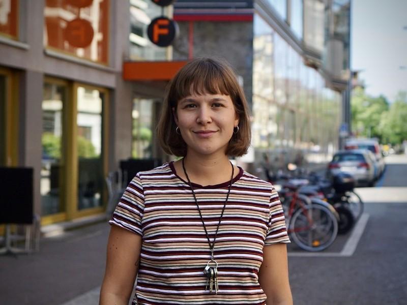 Isabel Brun, Redaktionspraktikantin