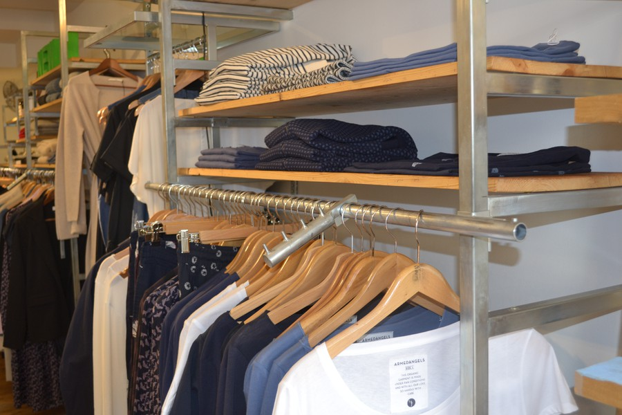 13fa075d6bcab2 10 Zürcher Läden mit nachhaltiger Mode - Tsüri.ch  MirSindTsüri - TSÜRI